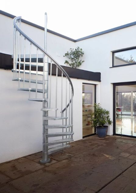 spiral staircase in metal for outdoor use